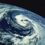 El cambio climático destruye la capa de ozono, pero también la economía y la salud